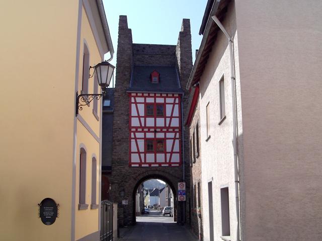 11 Fallertor - Haupttor der einstigen Stadtbefestigung 1256
